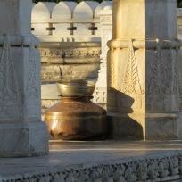 massage ayurvédique abhyanga du corps entier à l'huile détente paris 75014 sophie noiret paix sérénité santé Inde bien-être joie lumière