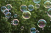 soap-bubbles-1451092_640-1